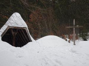 Bernauer Kreuz mit Schutzhütte