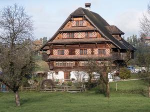 Schönes Bauernhaus im Luzernerstil